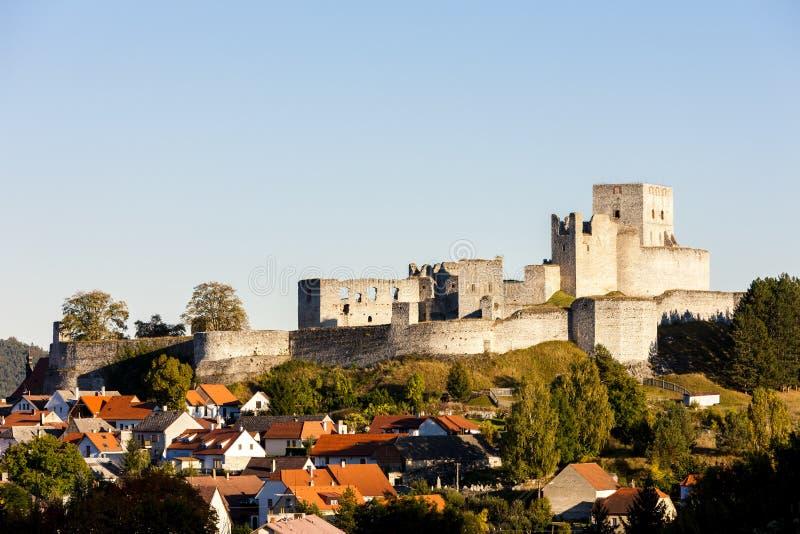 Ruinen von Rabi-Schloss, Tschechische Republik lizenzfreie stockbilder