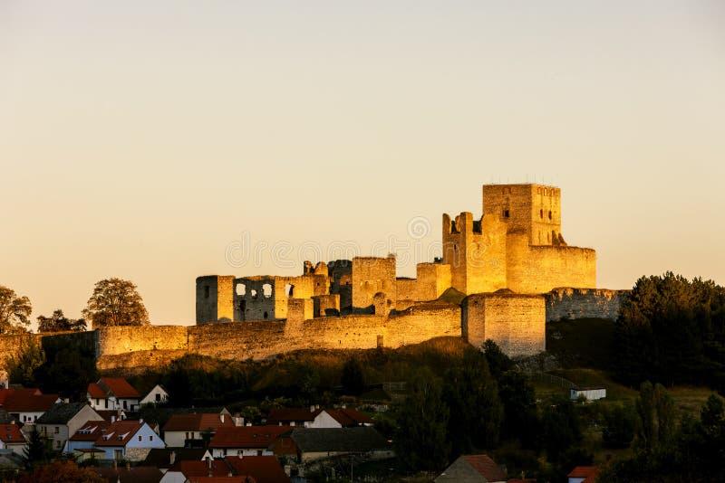 Ruinen von Rabi-Schloss, Tschechische Republik lizenzfreie stockfotografie