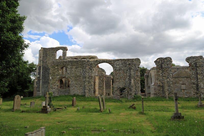 Ruinen von St- Andrew` s Kirche, Walberswick lizenzfreies stockbild