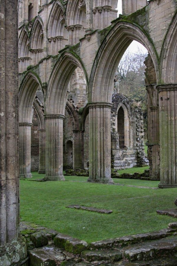 Ruinenkirche lizenzfreie stockfotografie