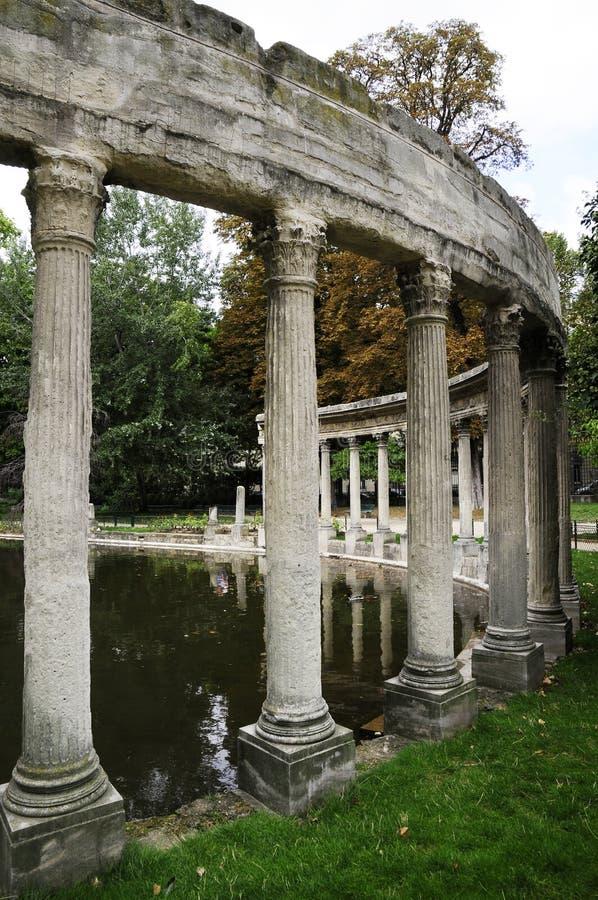 Ruineort des Rom-Palastgebäudes lizenzfreie stockbilder
