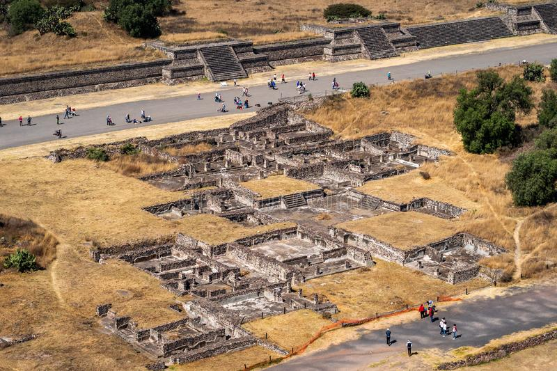 Ruines à la ville aztèque antique de Teotihuacan, Mexique images libres de droits