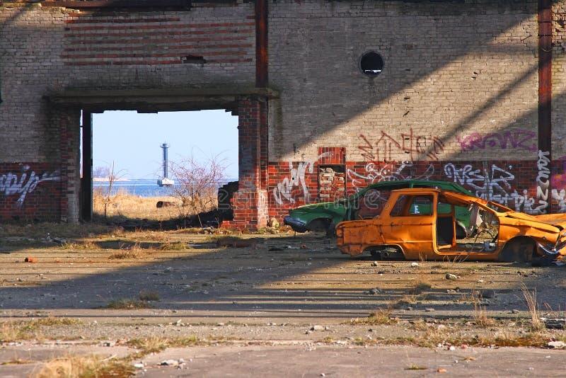 Download Ruines photo stock. Image du épave, désolé, hangar, phare - 8667300