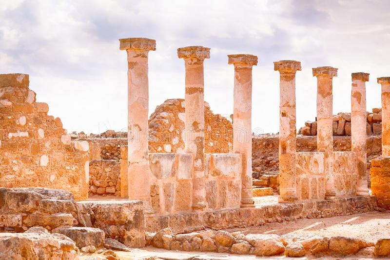 Ruines antiques avec des colonnes images stock