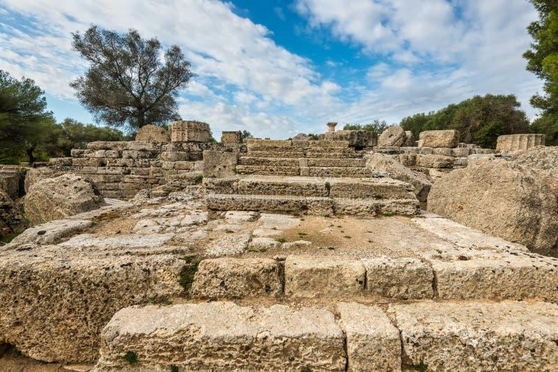 Ruines antiques d'un temple à Olympia, Grèce photos libres de droits