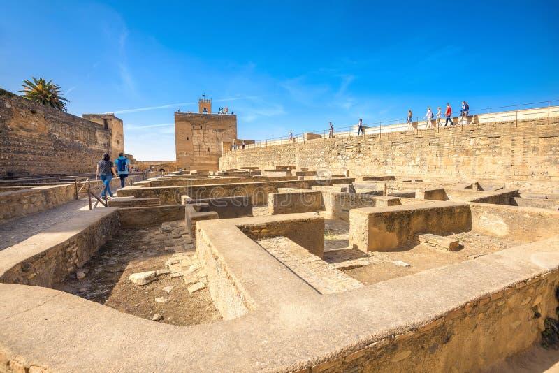 Ruines antiques de forteresse à Alhambra l'Andalousie Grenade Espagne image stock