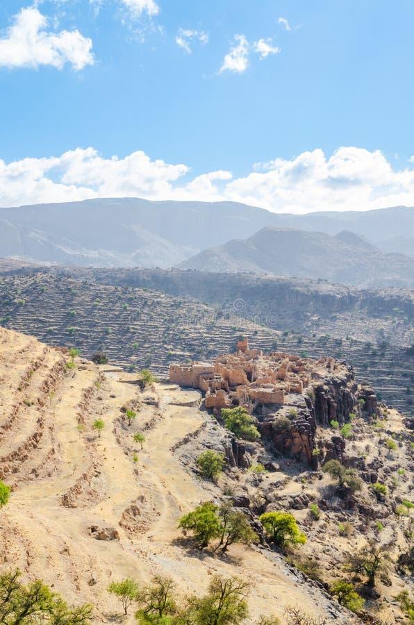 Ruines antiques de kasbah marocain dans les montagnes de l'anti atlas, Maroc, Afrique du Nord photographie stock