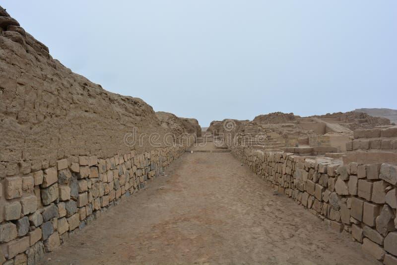 Ruines antiques de Pachacamac, à Lima, le Pérou photo libre de droits