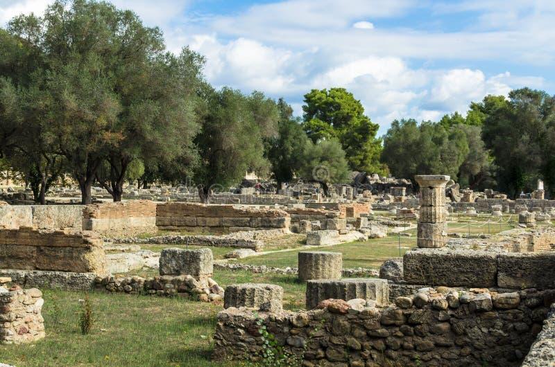 Ruines antiques de site archéologique d'Olympia dans Péloponnèse, Grèce photo stock