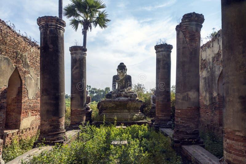Ruines antiques - Innwa - Myanmar photo stock