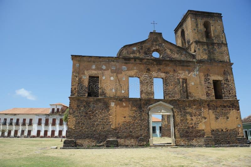 Ruines coloniales de sao Matias Church dans Alcantara Brésil photographie stock libre de droits