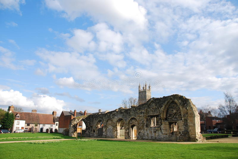Ruines d'église de Gloucester photos stock