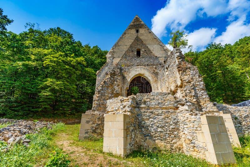Ruines d'église et de monastère photographie stock libre de droits