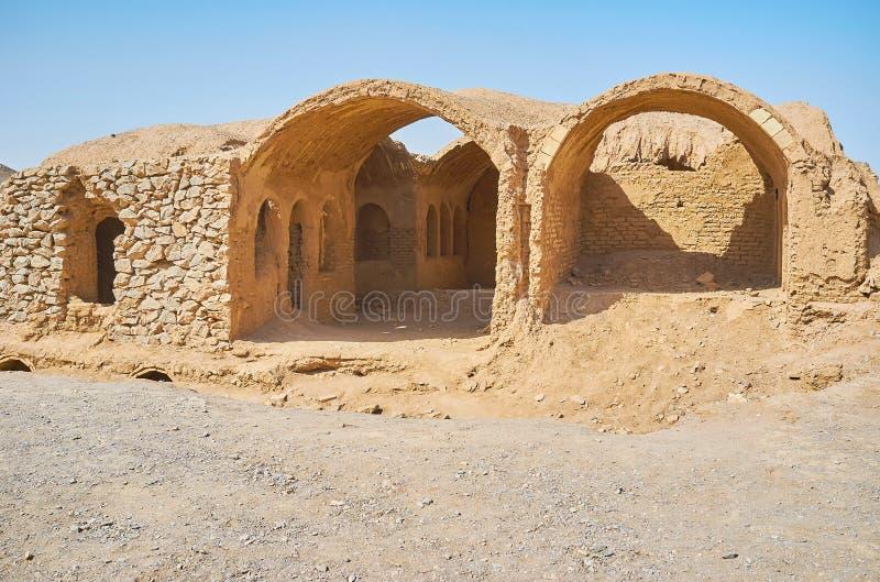 Ruines d'Adobe de complexe de Zoroastrian, Yazd, Iran photographie stock