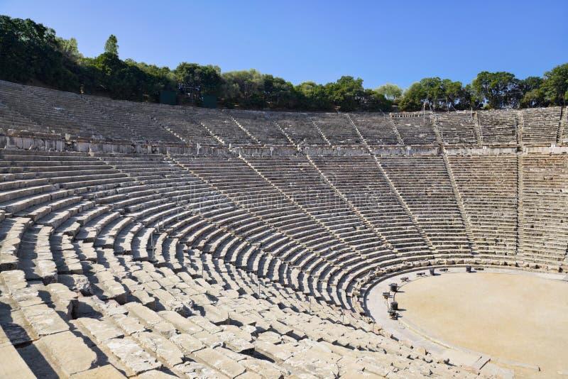 Ruines d'amphithéâtre d'Epidaurus, Grèce photographie stock libre de droits