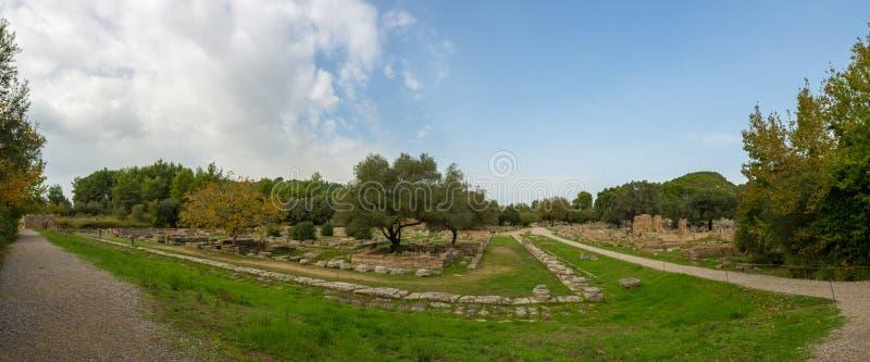 Ruines d'Olimpia antique Site arch?ologique grec photo stock