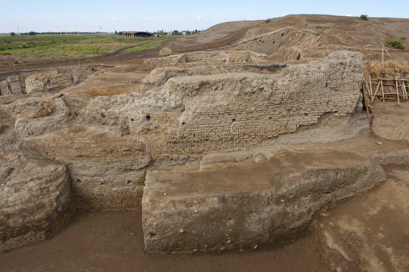 Ruines d'Otrar (Utrar ou Farab), ville fantôme asiatique centrale, province du sud de Kazakhstan, Kazakhstan images stock