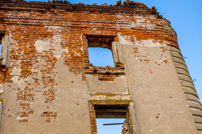 Ruines d'un manoir ruiné du XVIIIème siècle, dehors photos libres de droits