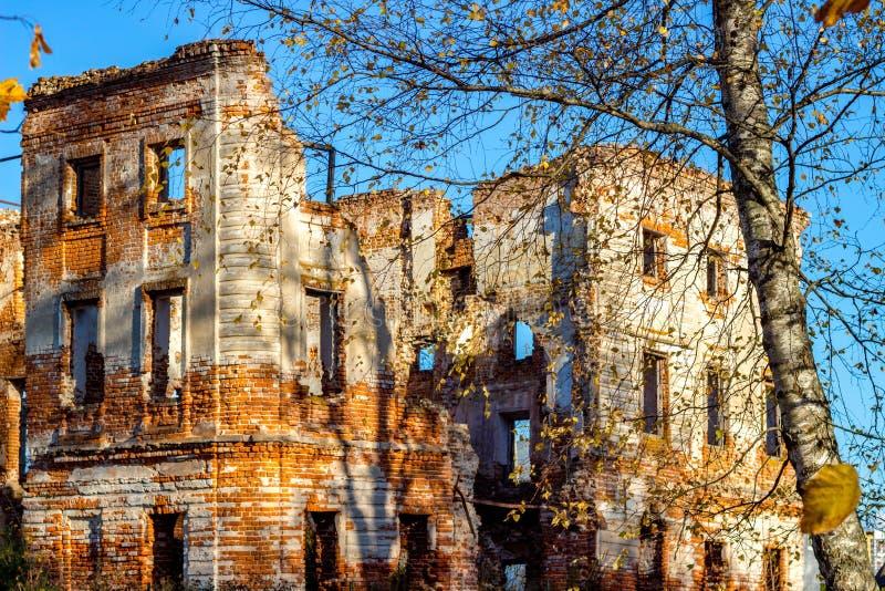 Ruines d'un vieux manoir, vue pittoresque Obninsk, Belkino, Russie images libres de droits