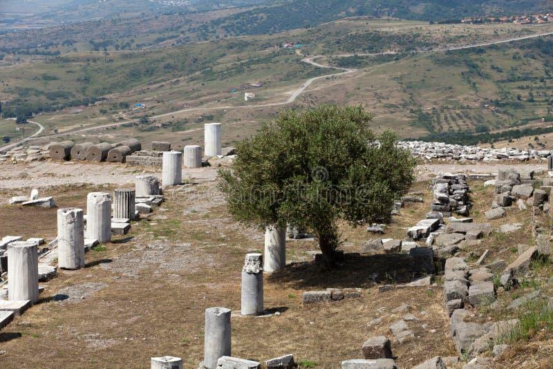 Ruines dans la ville antique de Pergamon images stock