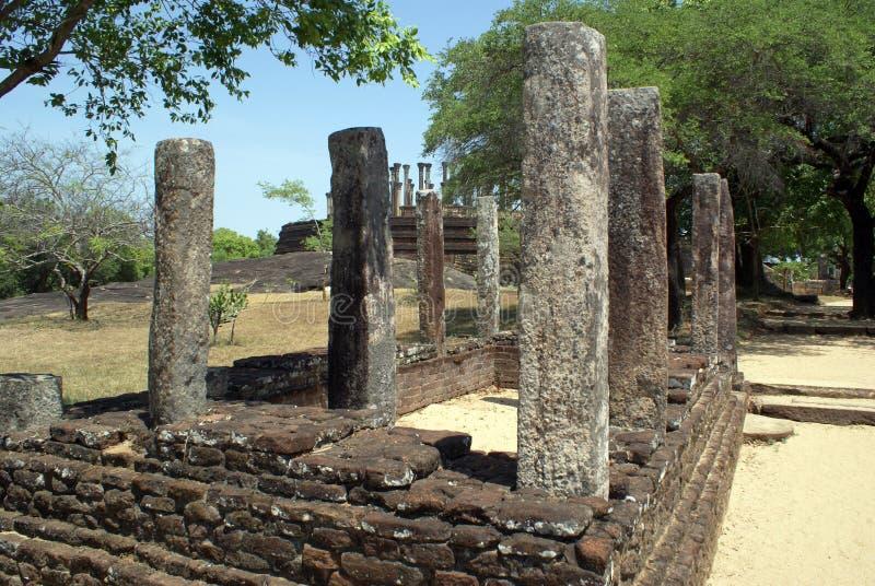 Ruines dans Medirigiriya photo stock