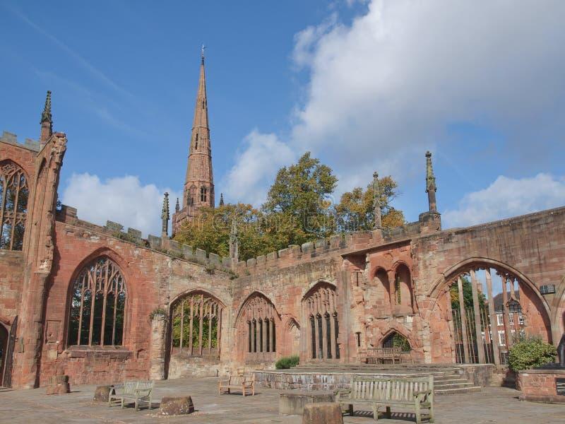 Ruines de cathédrale de Coventry images libres de droits
