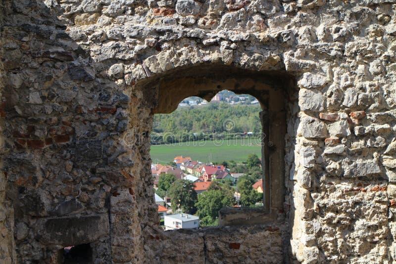 Ruines de château de Beckov images libres de droits