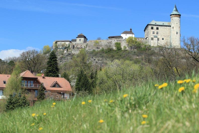 Ruines de château de Kuneticka Hora image stock