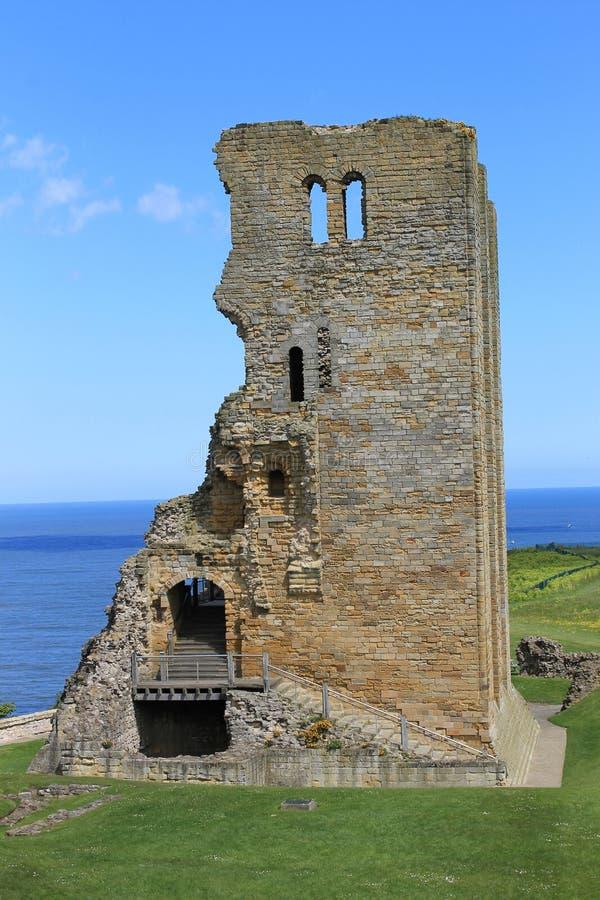 Ruines de château de Scarborough images libres de droits
