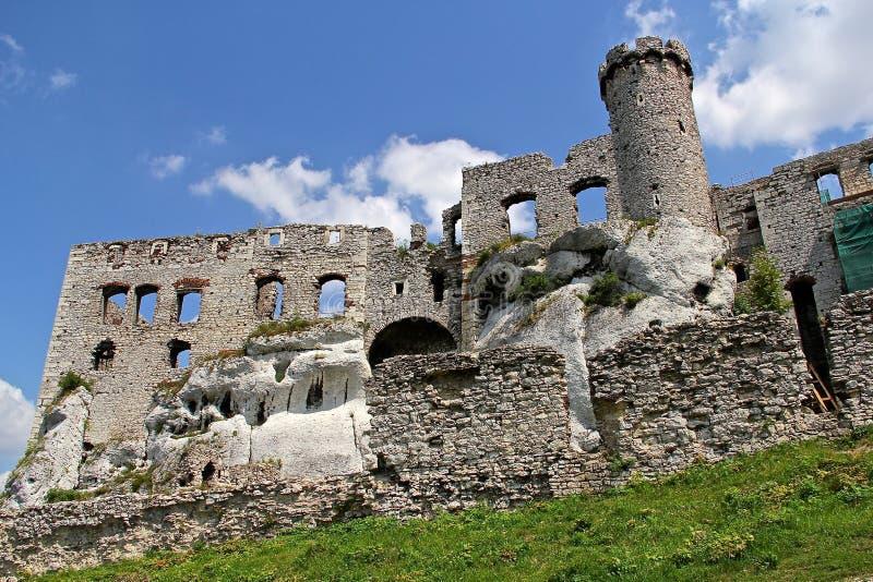 Ruines de château du château médiéval d'Ogrodzieniec photo stock