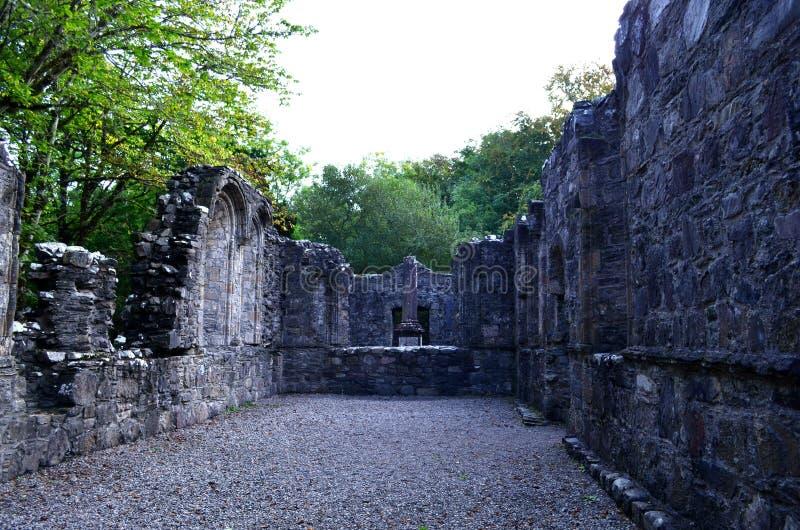 Ruines de chapelle de Dunstaffnage au château de Dunstaffnage photographie stock libre de droits