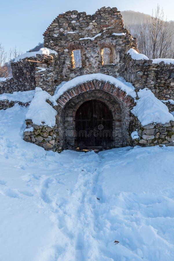Ruines de forteresse photographie stock libre de droits