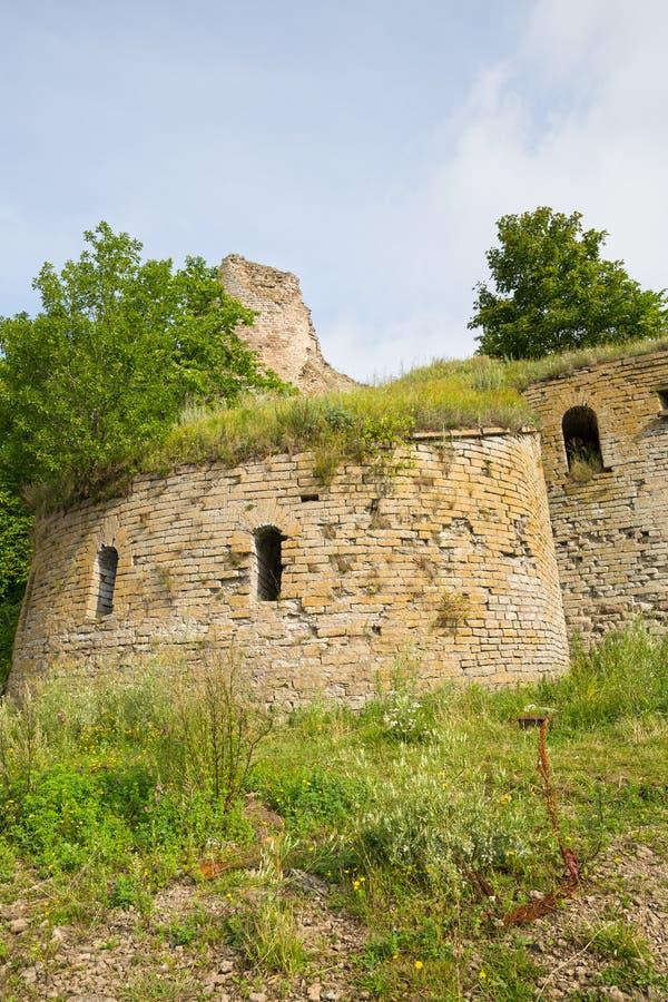 Ruines de forteresse d'Ivangorod images stock