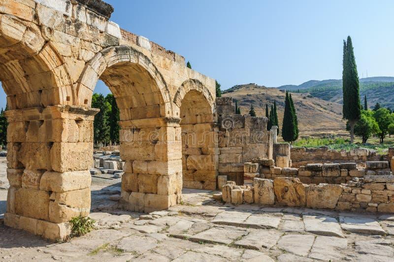 Ruines de Hierapolis, maintenant Pamukkale images stock