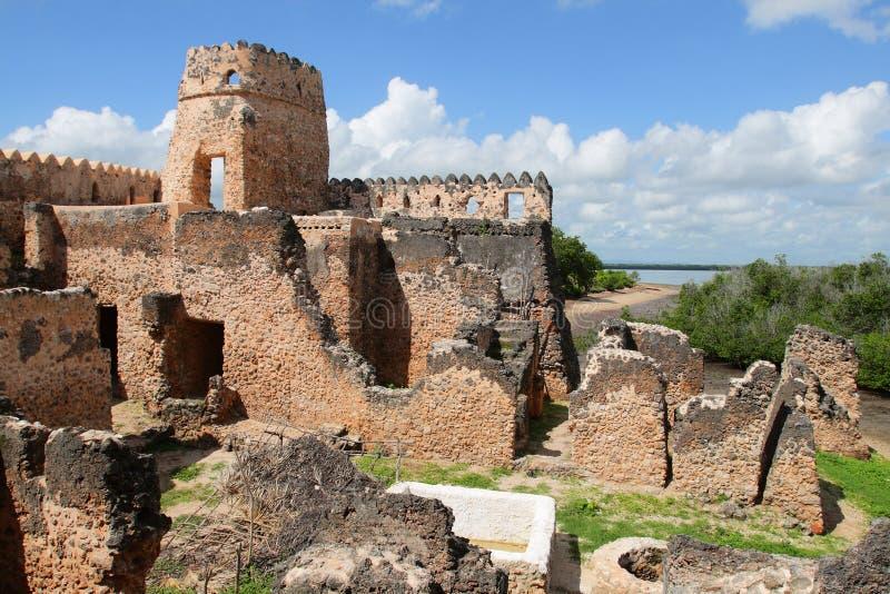Ruines de Kilwa Kisiwani en Tanzanie photos stock
