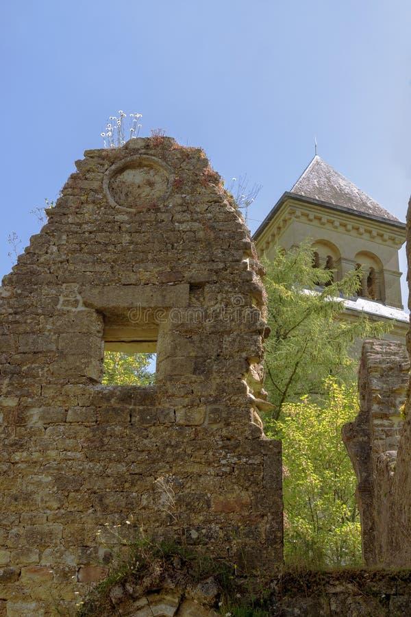 Ruines de l'abbaye d'Orval en Belgique image stock