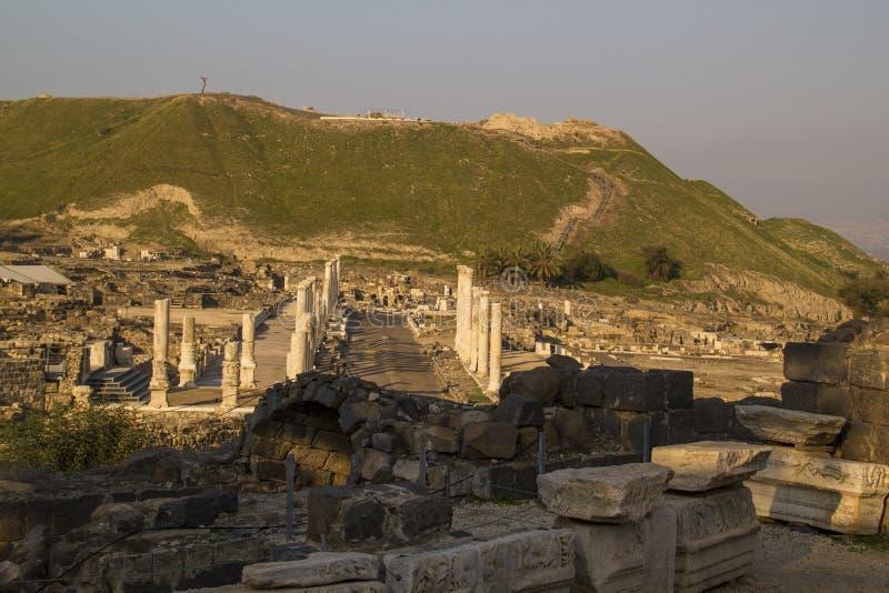 Ruines de la ciudad Beit Shean (Scythopolis), Israel de los romanos fotografía de archivo