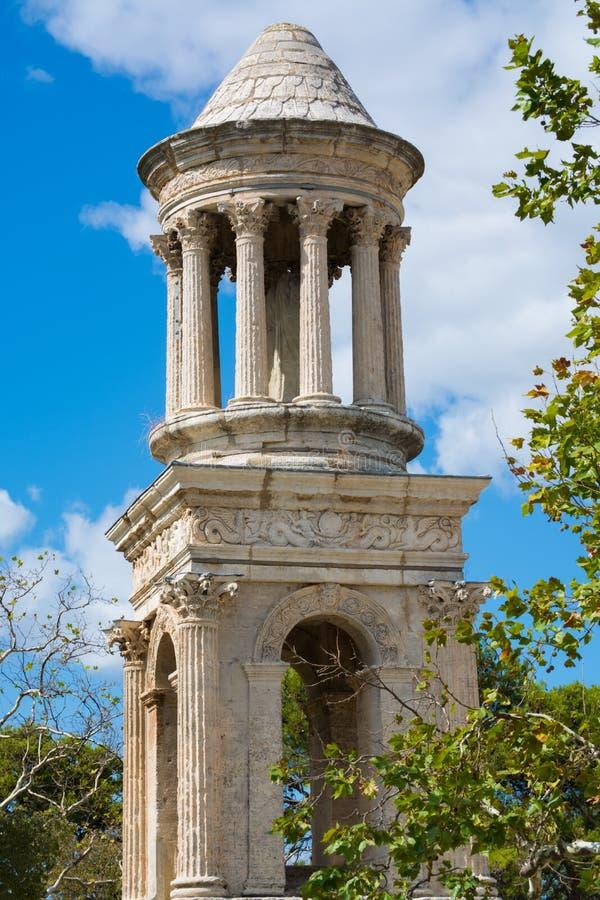 Ruines de la ciudad romana abandonada Glanum, Santo-Remy-de-Provence, l foto de archivo