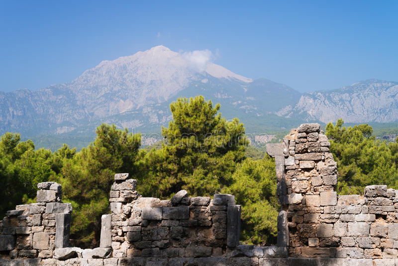 Ruines de la ville de Phaselis, attraction touristique de la Turquie images libres de droits