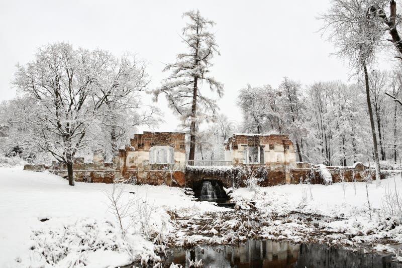 """Ruines de monument architectural """"en parc """"l'Alexandrie """" photographie stock libre de droits"""