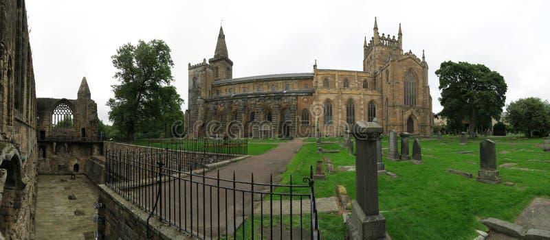 Ruines de palais et d'abbaye de Dunfermline en Ecosse photos libres de droits