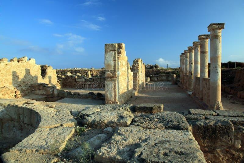 Ruines de temple antique chez Paphos, Chypre. image stock