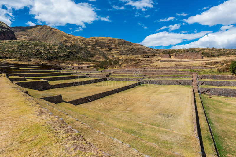 Ruines de Tipon dans les Andes péruviens chez Cuzco Pérou photo stock