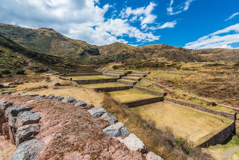 Ruines de Tipon dans les Andes péruviens chez Cuzco Pérou photos libres de droits