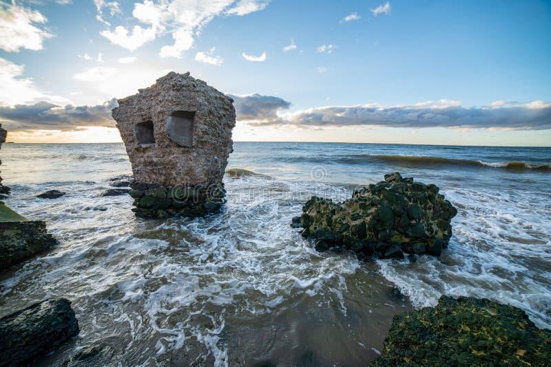 ruines de vieux fort de guerre dans Liepaja, Lettonie images stock