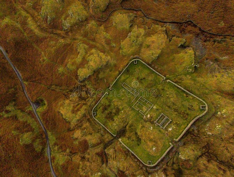 Ruines des bâtiments romains image stock