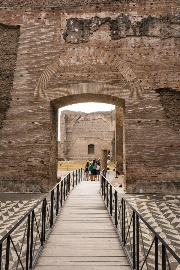 Ruines des bains de Caracalla - Terme di Caracalla photo libre de droits