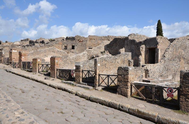 Ruines des maisons à Pompeii photo libre de droits