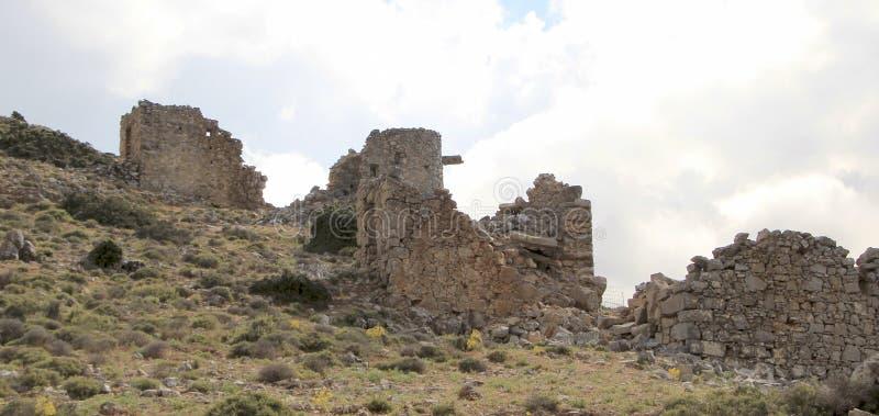 Ruines des moulins à vent vénitiens antiques construits au XVème siècle, plateau de Lassithi, Crète, Grèce images libres de droits