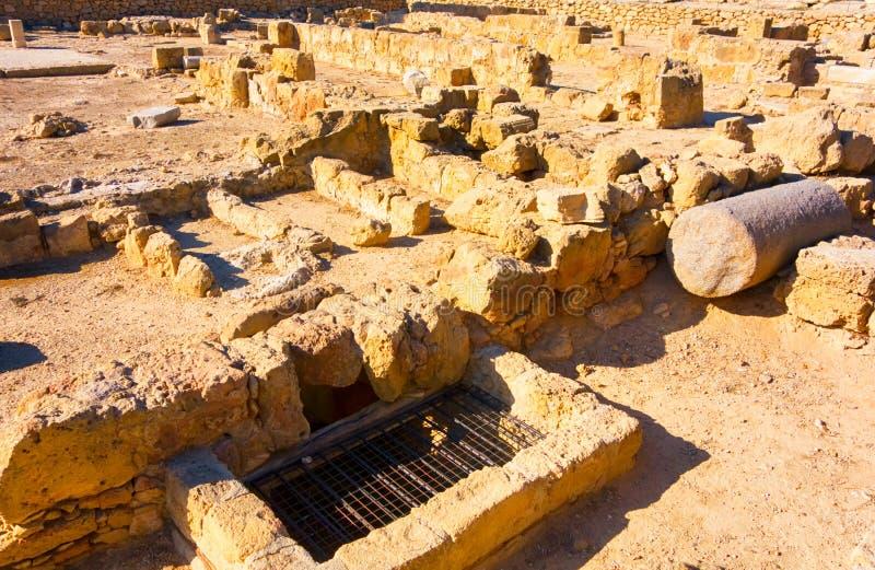 Ruines en pierre antiques détruites image libre de droits